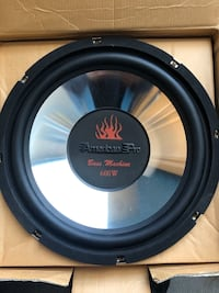"""2 American pro 12"""" car subwoofers"""