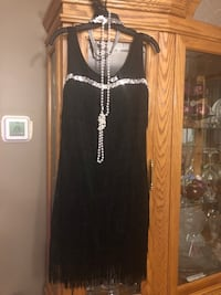 FLAPPER HALLOWEEN COSTUME SIze med North Dumfries, N0B