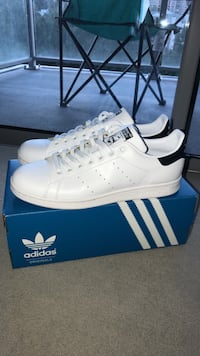 Adidas Stan Smith Men's 9.5 NEW Mc Lean, 22102