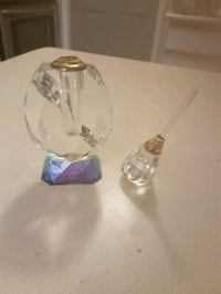 Crystal perfume bottle with crystal applicator