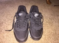 Nike women's shoes size 5 Woodbridge, 22191