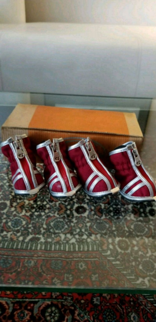 Winter boots for dogs  3ff6543d-7a88-438c-80fd-a8319293782b