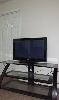 VIzio Flat screen with Glass TV stand Tulsa, 74104