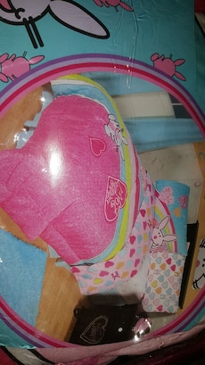Girls Twin Comforter new