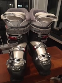 Atomic Skis/Women's Tecnica Boots 22311