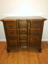 Brown Wooden Chest of Drawers Crofton