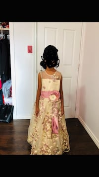 High quality Flower girl dress for 5-7 year old (Gold & Pink) Brampton, L6X 4H9
