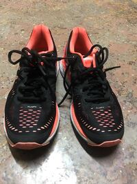 Brand new ASICS black and pink sneakers Knoxville, 37902