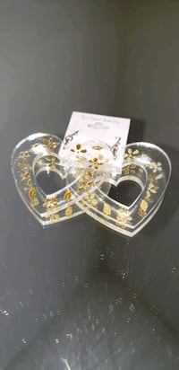 Clear heart shaped earrings with yellow mustard color Oxon Hill, 20745