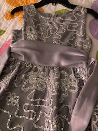 Girls holiday dress silver sequin - approx size 6x 7/8 Phoenixville, 19460