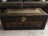 Wood Chest/ Trunk/ Toy Chest with carved design Somonauk, 60552