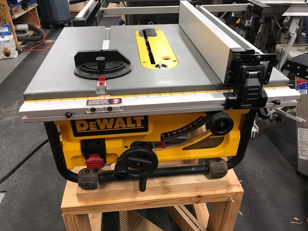 Dewalt Dwe7480 Table Saw In Perfect Condition