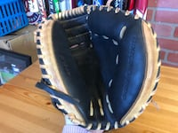 "Louisville Slugger Omaha 32.5"" Catcher mitt  Falls Church, 22042"