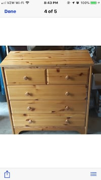 Brown wooden 4-drawer chest Purcellville, 20132
