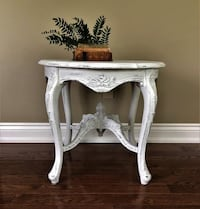 CARVED WOOD ENTRY TABLE 536 km