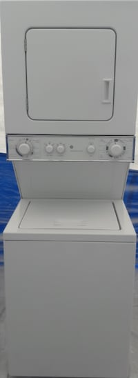 GE Stackable Washer/Dryer Everett