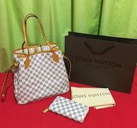 Azur louis vuitton tote/wallet set Abbotsford, V4X 1H5