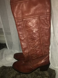 Ladies Fossil Boots size 10