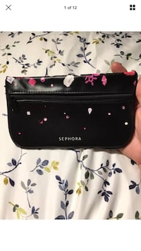 Sephora Official Pink Jeweled Black Zip-Up Makeup/Travel Pouch Case Like New London, N6G 2Y8