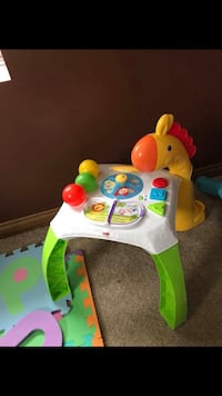Fisher price learning table  Covington, 41017