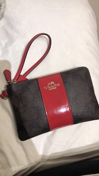 Aunthentic coach wristlet MINT condition Mississauga