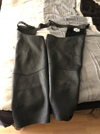 Fox Creek leather chaps - large Palm Springs, 92262