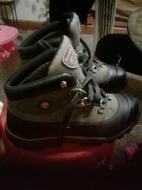 Older barely worn 11.5 Men's Timbs boots Akron, 44314