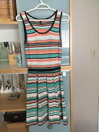 Jessica Simpson knit dress  North Vancouver, V7J