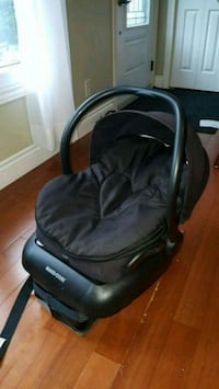 Black Maxi Cosi carseat 504 km