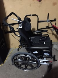 Wheel chair with supports Vaughan, L4K 1E9