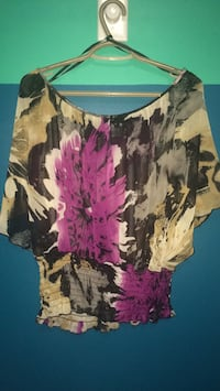 Women's flowing sheer floral dress top Edmonton, T5T 1Y6