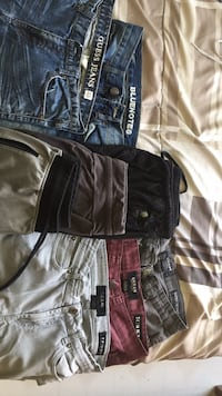 28/30 Male pants/ sweats from guess,blue notes,polo, urban planet 50$ for all 8 pairs Edmonton, T5S 1T7
