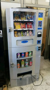Combo vending machine fully working seaga Gaithersburg, 20879