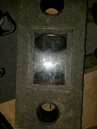 Enclosed subwoofer box and speakers  Temple Hills, 20748