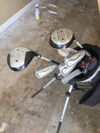 gray golf club set with black golf bag Warner Robins, 31005