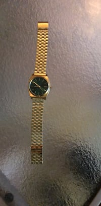 round gold analog watch with link bracelet Fruitland Park, 34731
