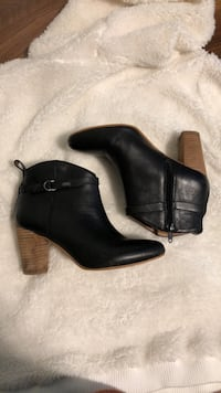Luck brand ankle boots  Surrey, V3R 2R9