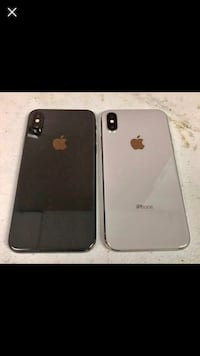 space gray and silver iPhone X's screenshot Detroit, 48221