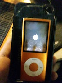 black and orange iPod Nano Redding, 96003