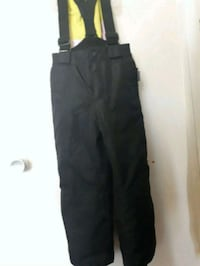 Kids Snow pants size 6 to 8 Whitby, L1P 1A2