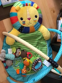 baby's multicolored activity gym Brossard, J4Y 3J8