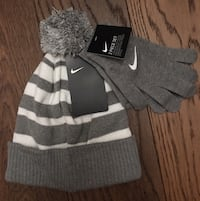 New Nike Boys Girls Gray Hat and Gloves Set Chicago, 60611