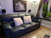Love seat and couch Longueuil