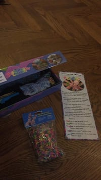 Brand new rainbow loom set with bonus new package. Vaughan, L4J 5L7