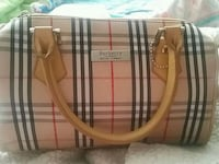 Burberry tote purse Delta, V4C