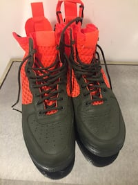 Nike worn once men's see pic for size  Vaughan, L4H 2C4