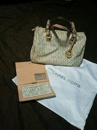 Purse with wallet Michael Kors  1471 mi