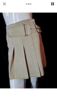 Danier size 0 suede pleated skirt new with tags ecru beige Hamilton, L8L 1X4