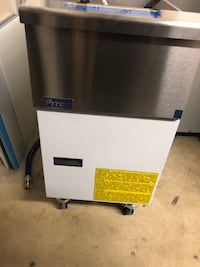 New Pitco deep fryer Silver Spring, 20902