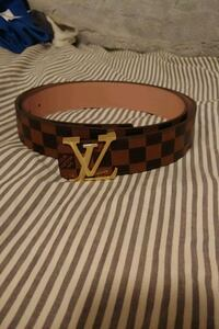 LV belt. Never worn. Toronto, M6G 3K2